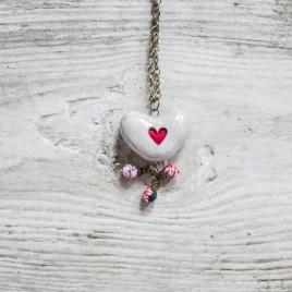Baltas širdies formos pomanderis
